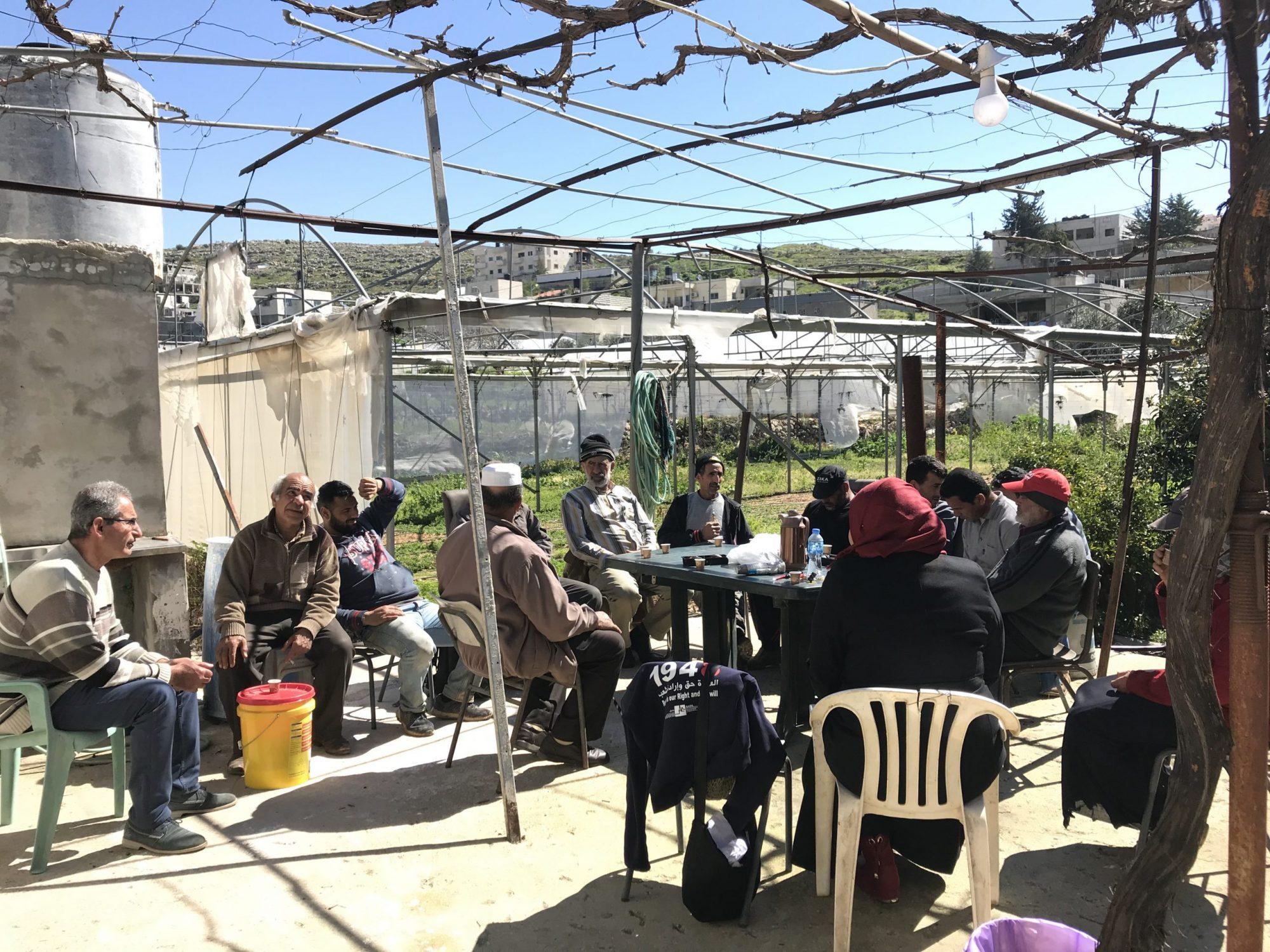 vergadering boeren Wadi Fukin
